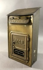 "画像1: 1920-30's ""CORBIN LOCK CO."" Brass Wall Mount Mail Box (1)"