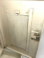 """画像12: 1940-50's French """"Shabby"""" Steel Bathroom Medicine Cabinet (12)"""