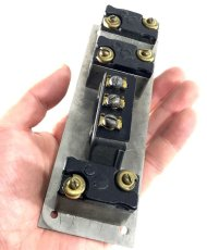 画像7: 1910-30's【HUBBELL】Toggle Switch w/ Button Switch (7)