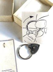 画像5:  1940's  ♡Heart Shaped♡ Advertising Key Ring  【箱付きDEAD-STOCK】 (5)