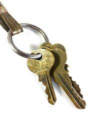 """画像2: Early-1920's Brass """"BELT CLIP"""" with Key Ring (2)"""