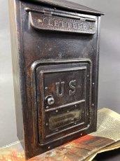 画像7: ★CORBIN LOCK CO.★ 最古モデル!! 1900-10's Brass Wall Mount Mail Box with Newspaper Holder (7)