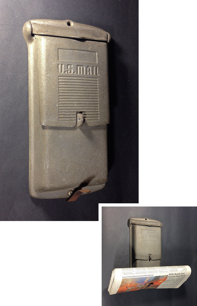 "画像1: 1940-50's  ""Shabby"" Wall Mount Mail Box (1)"