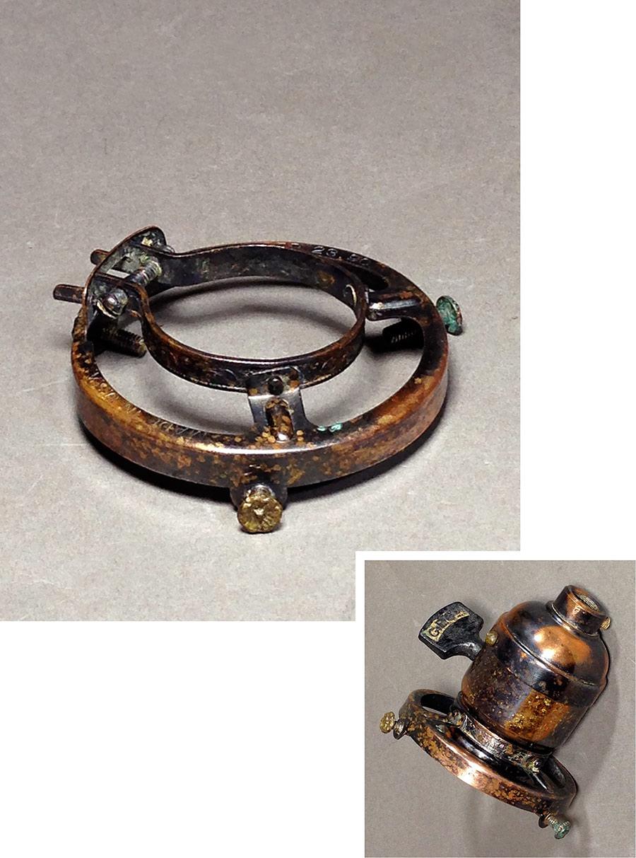 画像1: Pat.1890 Brass Shade fitters light fixture parts (1)