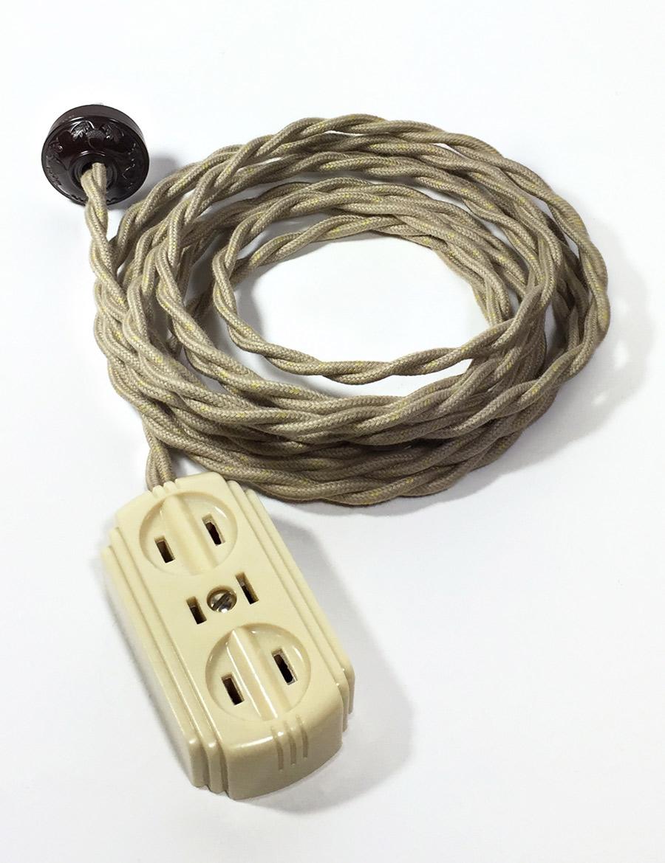 """画像1: 1940's """"Extension Cord"""" Bakelite 3-Outlet【残り一台です】 (1)"""
