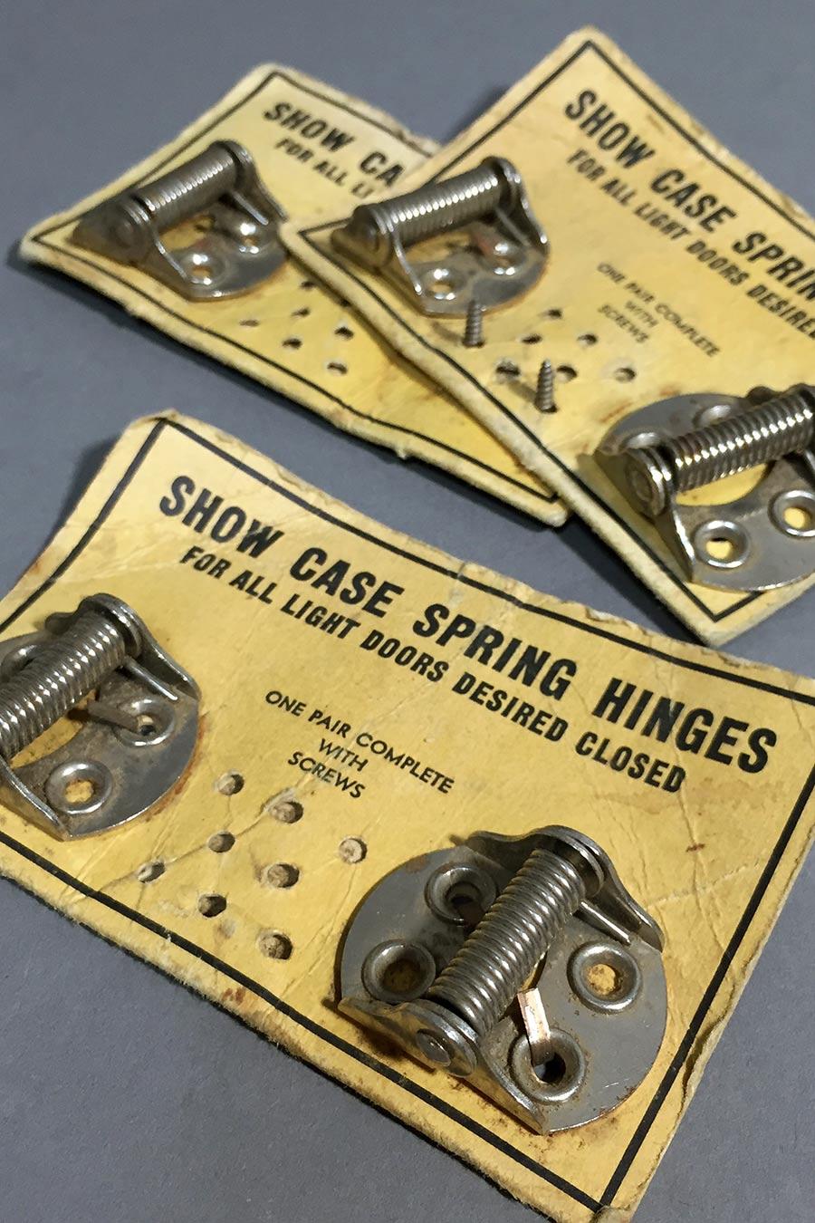画像1: 5 Nickel Plated Steel Small Spring Hinges (1)