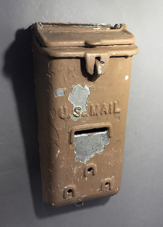 """画像1: 1930-40's """"Shabby"""" Wall Mount U.S. MAIL Box (1)"""
