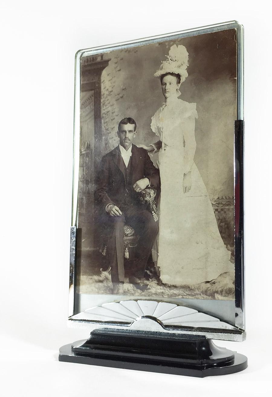 画像1: 1930's【The Dura Co.】Photo Frame  (1)