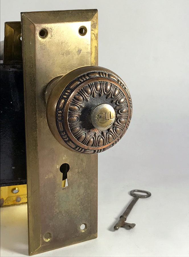 """画像1: Early-1900's【BELL】built-in Bell Doorknob """"COMPLETE"""" set (1)"""