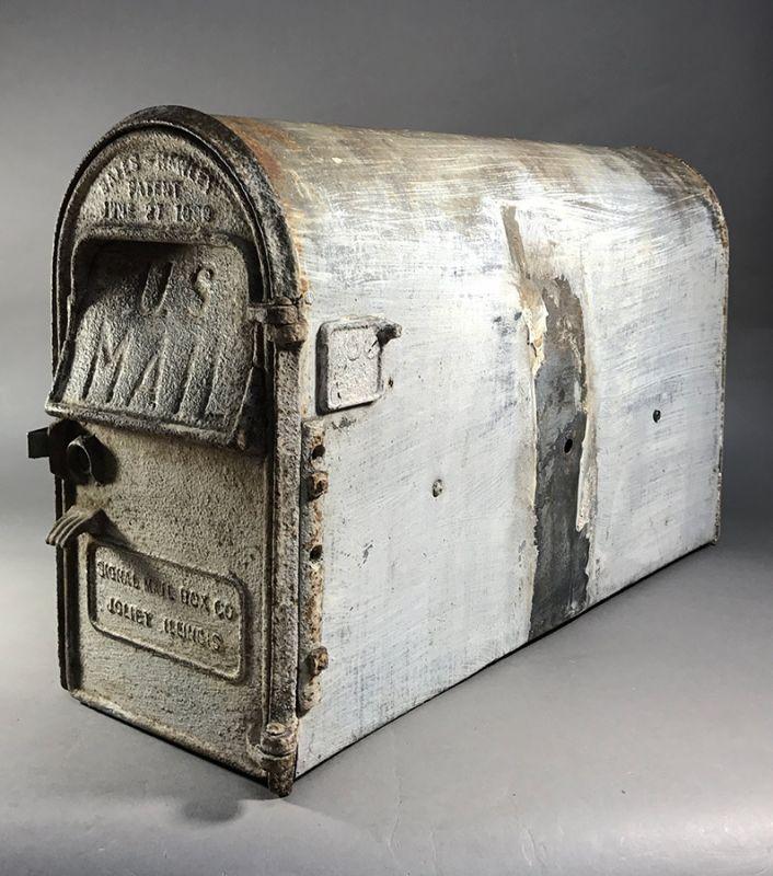 "画像1: PAT.1899 ""Shabby"" Cast Iron U.S.MAIL BOX 【壁付け可能】 (1)"