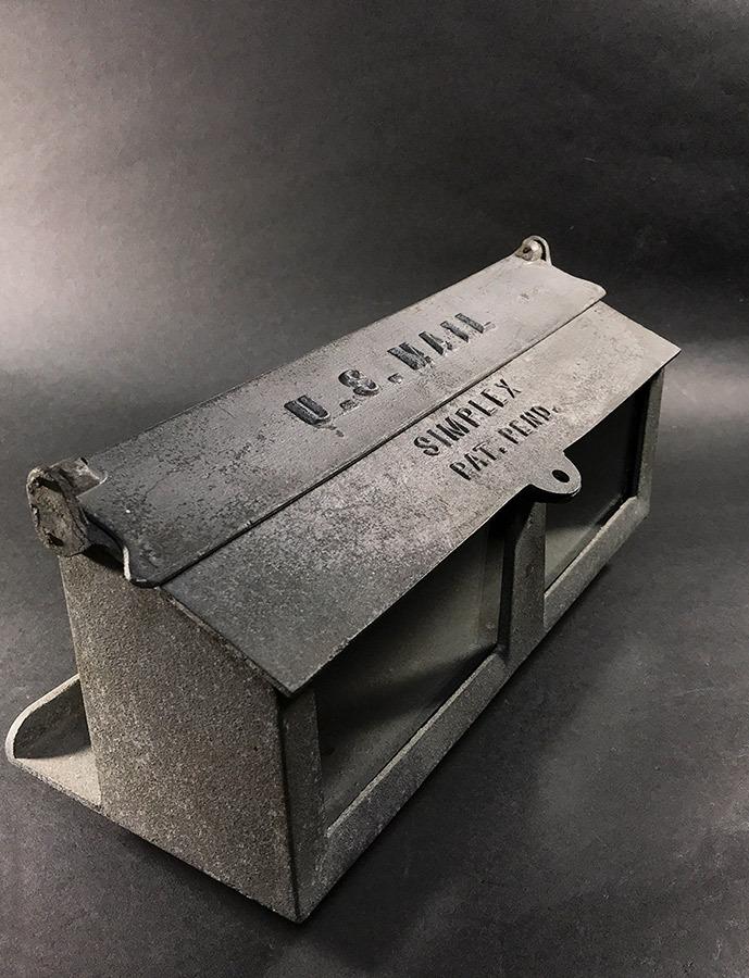"""画像1: Early-1940's """"SIMPLEX"""" Wall Mount Mail Box (1)"""