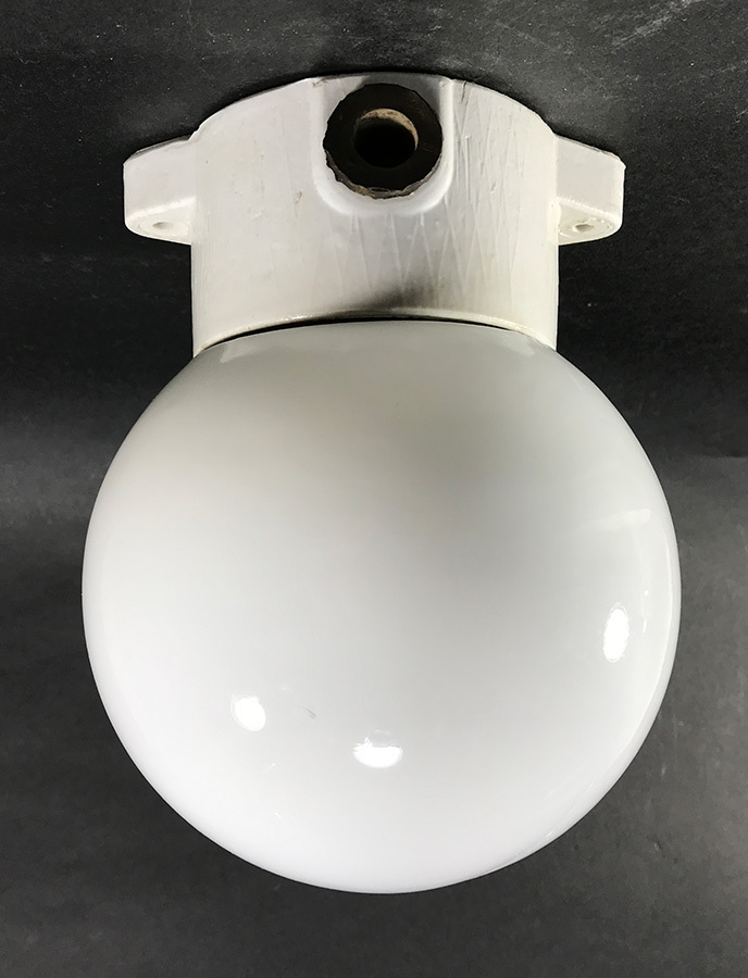 画像1: 1950's German Milk Glass&Porcelain Ceiling/Wall Light (1)