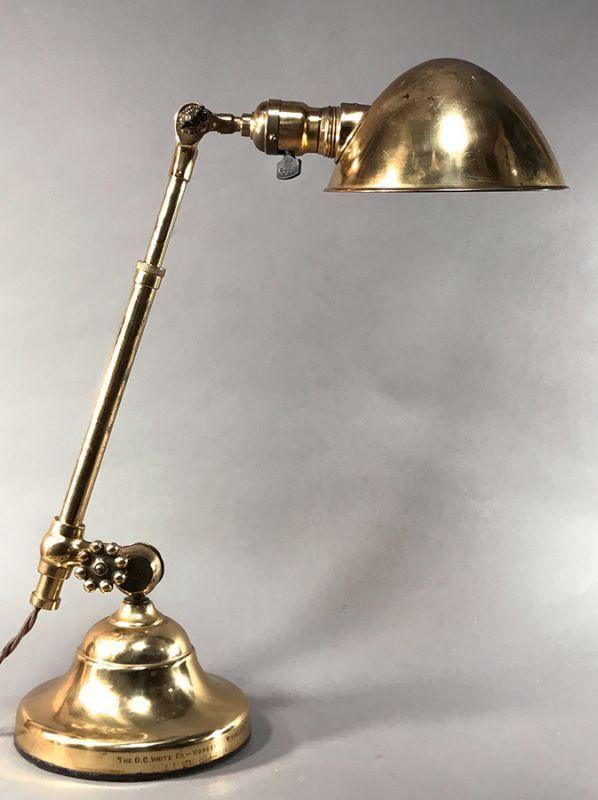 """画像1: 1900-10's Early """"O.C.White"""" Brass Telescopic Desk Lamp 【初期型 - 刻印タイプ】 (1)"""