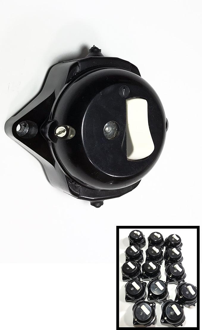 """画像1: -*残り11個*-  1960-70's """"BLACK"""" Bakelite Switch 【デッドストック - 14個バラ売り】 (1)"""