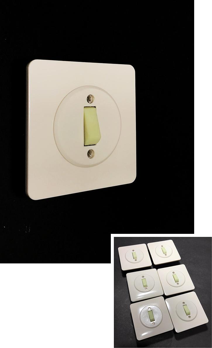 """画像1: -*残り5個*- 1960-70's Bakelite """"GLOW"""" Switch 【デッドストック - 6個バラ売り】 (1)"""