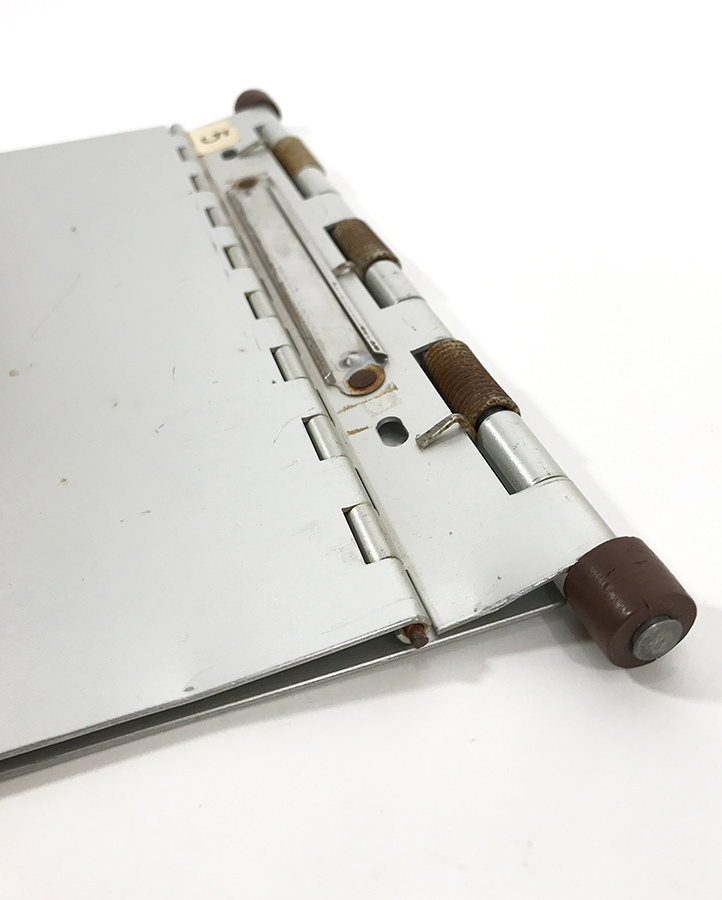 "画像1: 1960-70's【American Hospital Supply Co.】 ""Machine Age"" Aluminum Riveted BINDER (1)"
