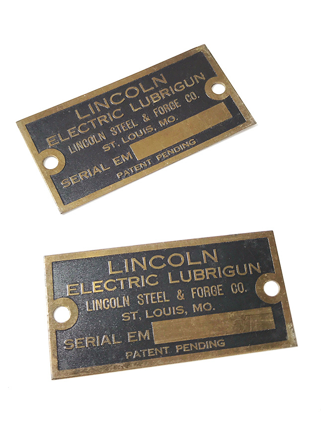画像1: 【LINCOLN FORGE CO.】Brass Plate -* 残り一枚 *- (1)