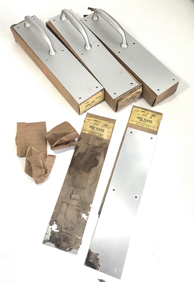 """画像1: 1950's Aluminum """"Push & Pull"""" Door Handles  【マイナスネジ付き】 (1)"""