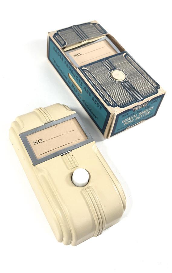 """画像1: -*バラ売り*-  1930-40's Art-Deco """"STREAMLINE"""" Bakelite Bell Switch 【DEAD-STOCK】 (1)"""