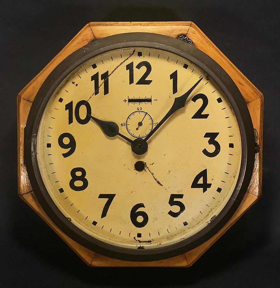 画像1: 1910-20's French Art Deco Wooden Octagon Wall Clock (1)