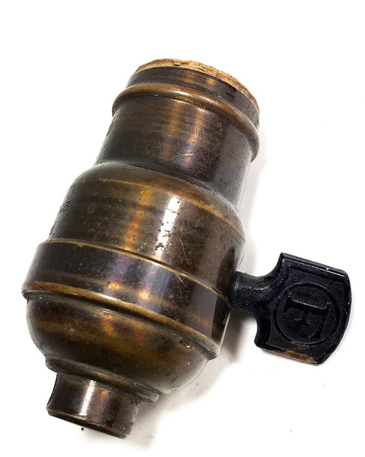 画像1: 1930's【PAISTE CO. & Circle F】Lamp Socket (1)