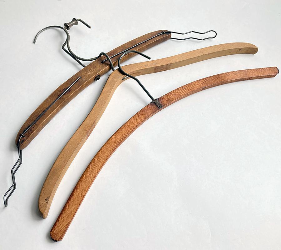 """画像1: Antique Wood Hanger """"3-Mix"""" Set  (1)"""