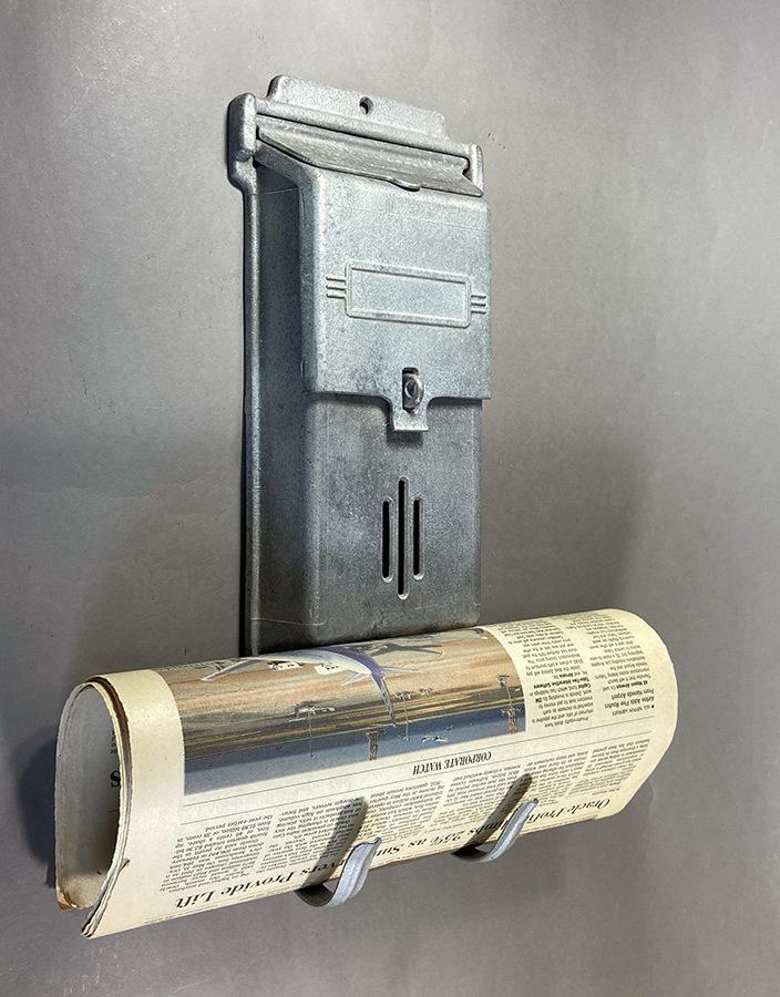 """画像1: 1940's """"Cast Aluminum"""" Wall Mount Mail Box  w/ Newspaper Holder (1)"""