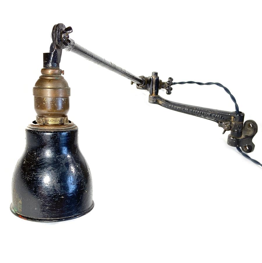 画像1: 1920-30's【O.C.White】Wall-Mounted Task Light (1)