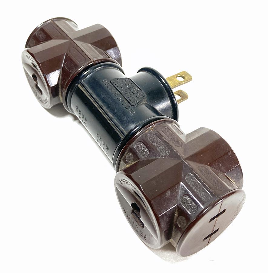 画像1: 1910-20's 【HEMCO】Bakelite 2-Outlet + 3-Outlet tap  (1)