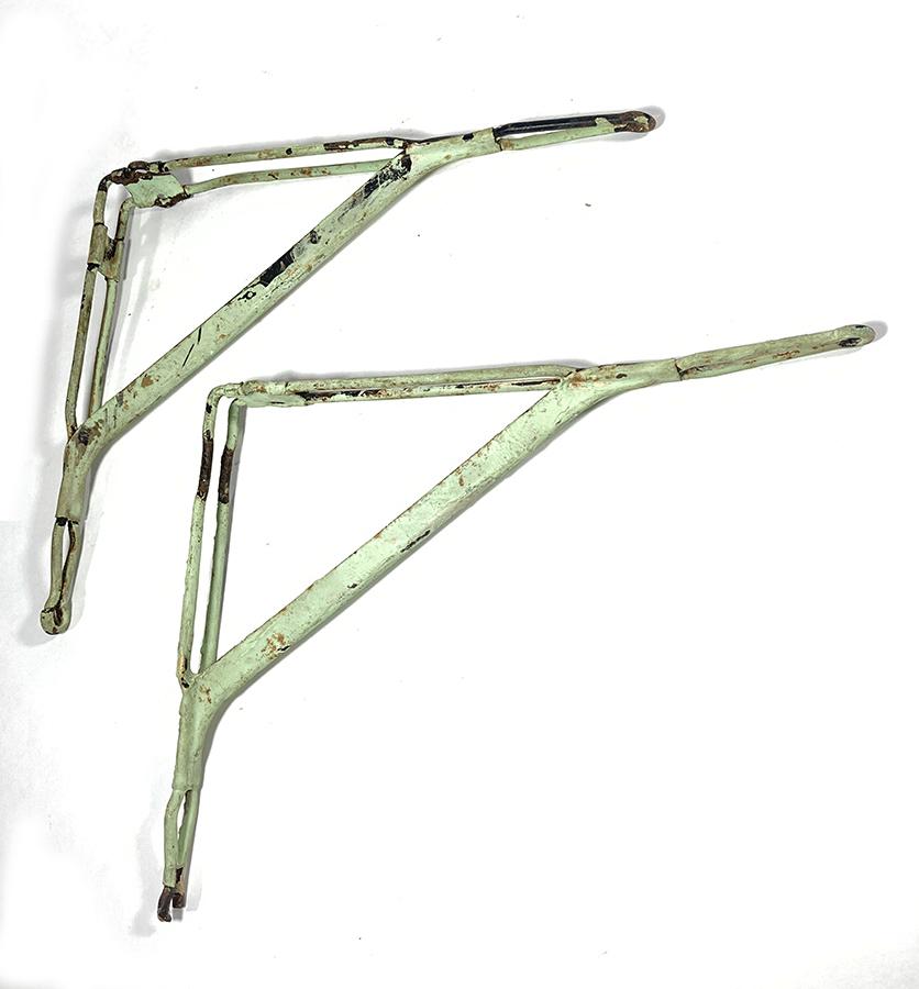 """画像1: Steel """"Shabby"""" Wall Shelf Brackets  (1)"""