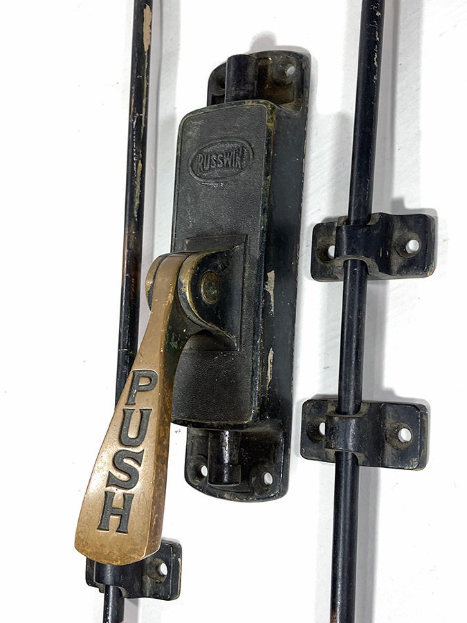 "画像1: 1900-20's【RUSSWIN】  ""Push Lever""  Door Latch Lock (1)"