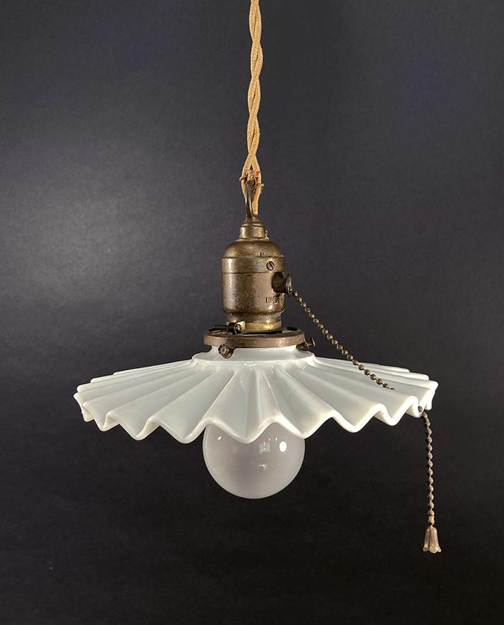 """画像1: 1900-10's """"Petticoat"""" Pendant Lamp  -*HUBBELL Mica Socket*- (1)"""
