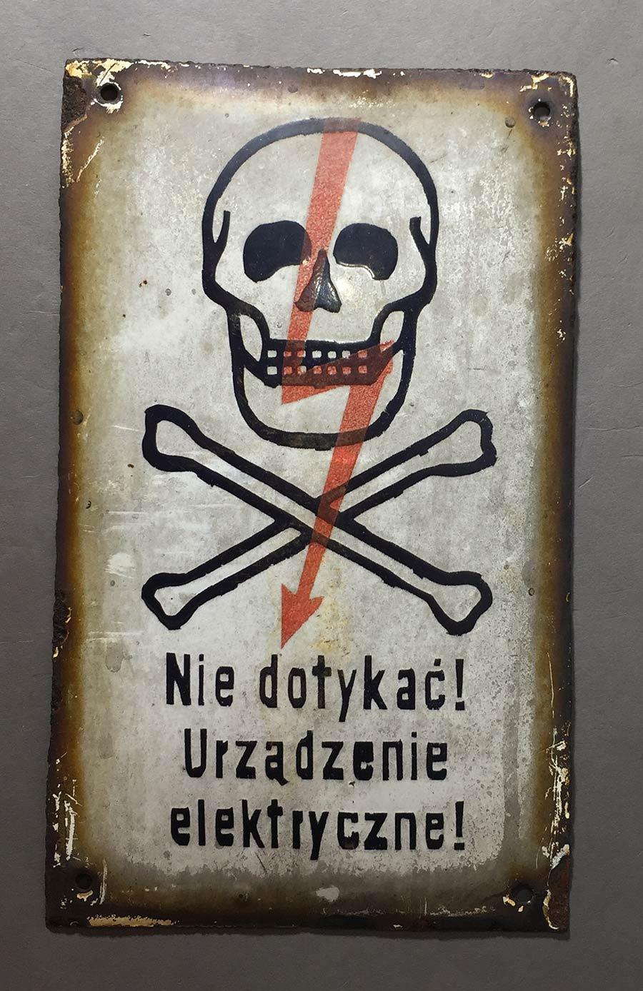 """画像1: 1950-60's  """"Skull & Crossbone""""  Enameled ⚡︎ Sign (1)"""