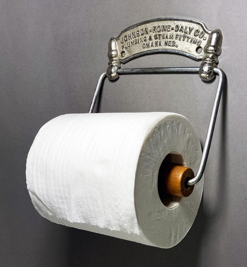 画像1: 1900-20's 【Johnson Rowe Daly Co.】 Cast Brass Toilet Paper Holder (1)