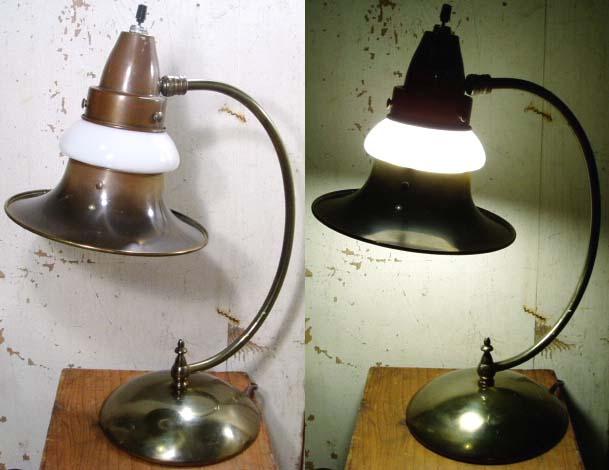 "画像1: Art-Deco ""Brass&MilkGlass Shade"" Desk Lamp (1)"