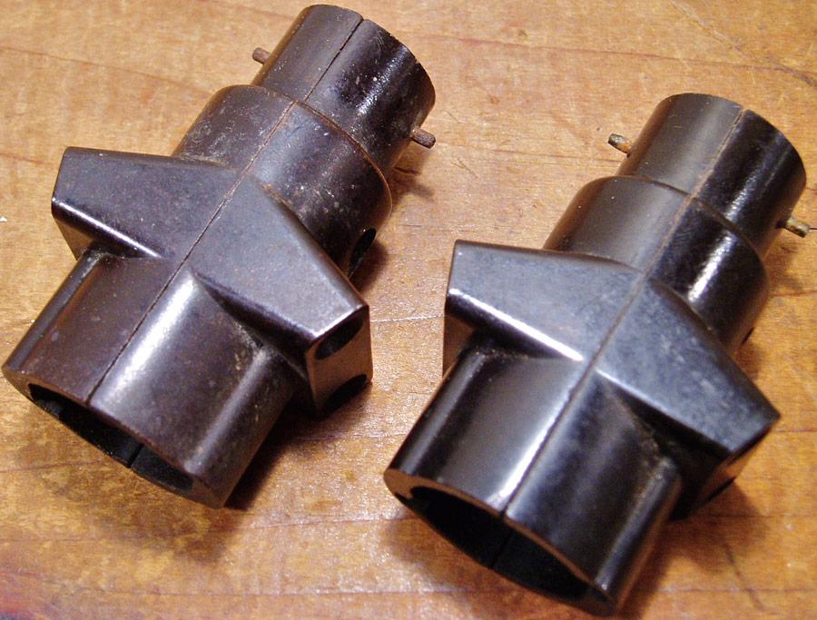 画像1: 【処分品】  2-sets French Electric Bakelite Socket Splitter (1)