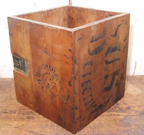 """画像1: Antique """"Cigar"""" Box (1)"""